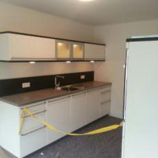 Die erste Küche im Haus steht!